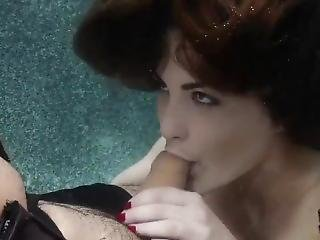 Molly Jane - Underwater Blowjob