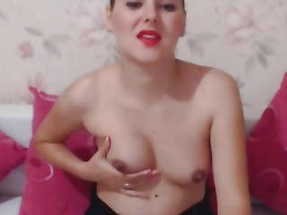 Wicked T-girl Play Her Penis On Webcam