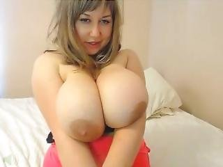 Webcam Huge Boobs Mommy Rubbing Pussy & Asshole - More Matures Camsbarn.com