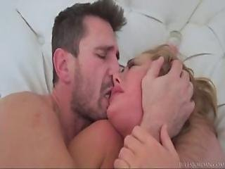 Manuel Ferrara Fucks Carter Cruise In The Ass