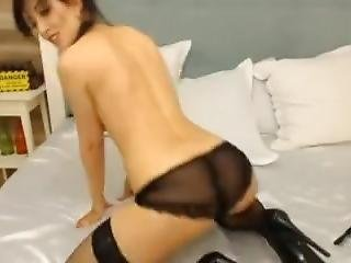 Big Boob Babe Dance And Strip