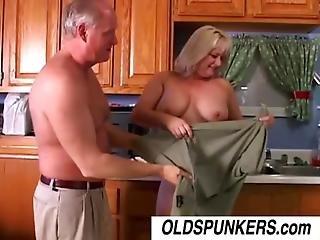 Oud, Mollig, Stevig, Ejaculatie, Faciaal, Vet, Neuken, Huis, Huisvrouw, Milf, Mam, Moeder, Oud, Porno Ster, Sexy, Vrouw