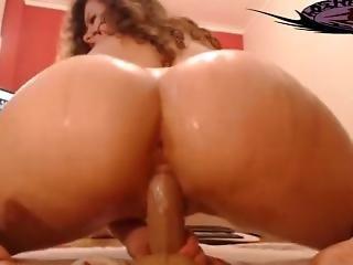 Bubble Butt Teen Riding Her Dildo