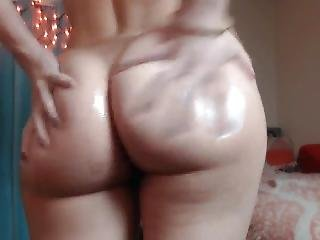 Bubble Butt Pawg Deepthroats 11 Inch Dildo Then Rides To Orgasm
