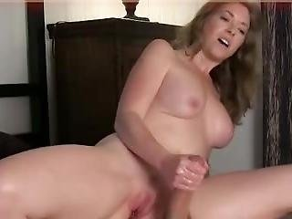 Amazing Sex By Hot Mature Woman