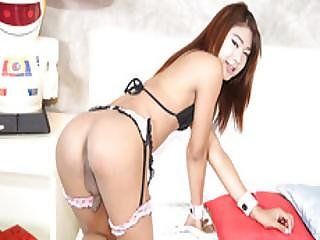 Cutie T-girl Marjay Loves Teasing Her Partner Johnny Before They Fucked