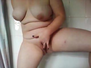 Orgasm & Squirt In The Bath Alone