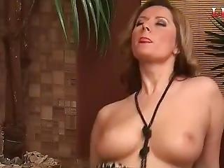 Leo Tv - Sexy Daria Masturbation And Pussy Play