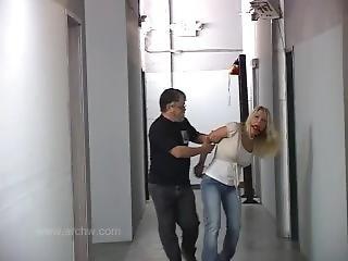 stor pupp, blond, bondage, fangehull, milf