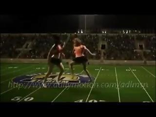 Catfight Giant Cheerleaders