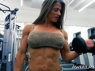 Muscle Girl Maria Garcia - Sexy Workout Pt. 1