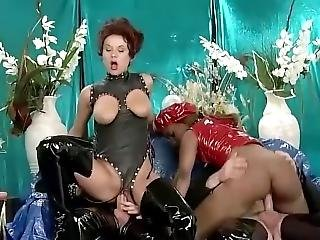 Babe In Thigh High Boots In Fetish Foursome With Anal And Fisting