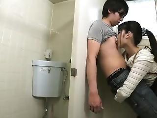 mladé thajské sex videá plné sexe Vido
