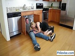 Philavise-a Plumbers Lucky Day With Blaten Lee