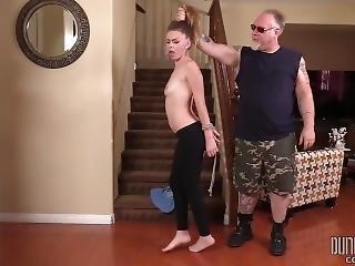 Bondage, φετίχ, τιμωρία, μικρά βυζιά, νέα