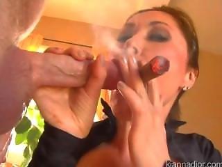 Szopás, Cigaretta, Cumshot, Fétis, Pornósztár, Dohányzás