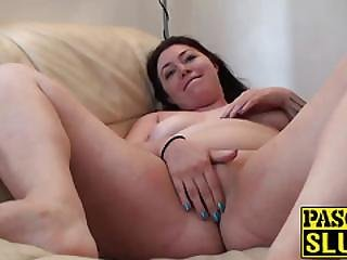 Hot Chubby Brunette Nikki G Plays With Her Cunt For Pascal