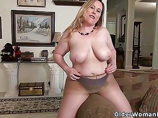 America S Sexiest Milfs Part 19