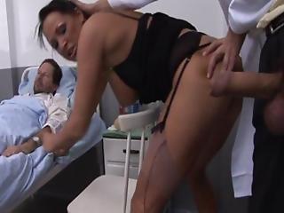 stort bryst, ekstrem, kneppe, hospital, slik, lingeri, matur, milf, mor, penetration, fisse, spyt, hustru