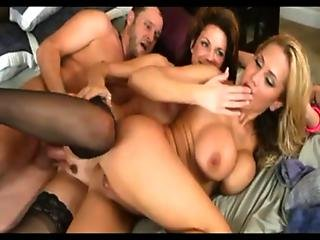 Deauxma And Alanah In Hot Threesome