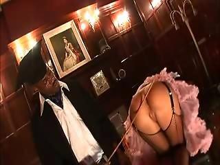 British Slut Suzie Best Gets Fucked Up The Arse In Fishnets