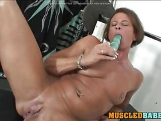 Muscledbabes - Muscled Brunette Masturbates In The Gym