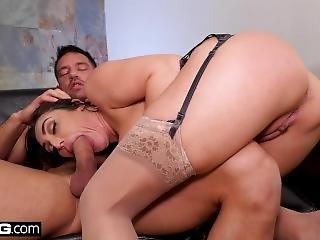 Christiana Cinn Cheats On Her Husband With A Piano Player