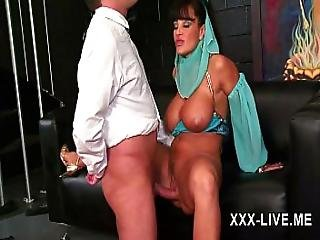 Lisa Ann Naughty Milf