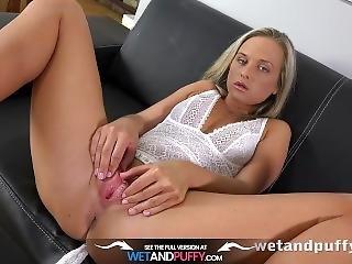 chick, blonde, tsjechisch, masturbatie, porno ster, poes, sex, solo, Tiener, spellen, trainen, werkplaats