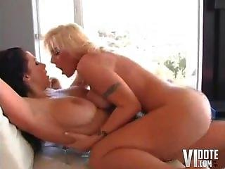 Perfect Babes Gianna And Velicity Von On Amazing Lesbian Action
