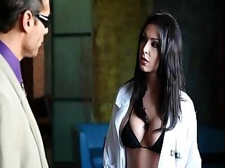 Jessica Jaymes Thoroughly Investigates Nick Manning S Deadly Weapon