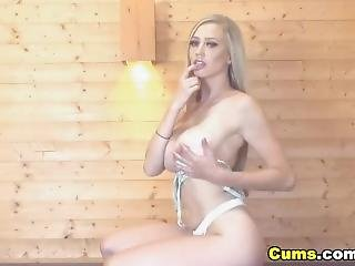 Sophie Reade On Babestation Daytime 16/07/18 (tits Out!) #2