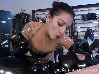 Bondage, Lateks, Palenie