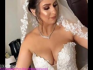 My Hot Naked Big Tits In My Wedding Dress