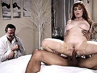 store bryster, stor cock, stort bryst, bryst, milf, rødhåret, hustru