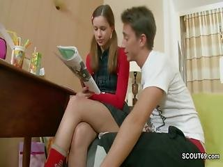 Step-bro Seduce Step-sister To Fuck While Homework
