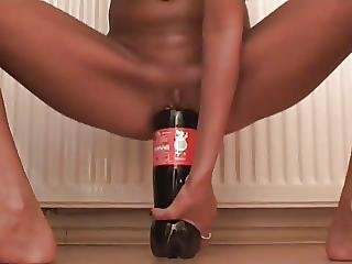 Skinny Amateur Fucking Huge Bottle In Her Loose Pussy
