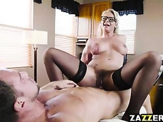 The Doctors Shaved Pussy Got Drilled By Johnny Castle