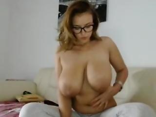 Huge Tits Cam Hot Amateur