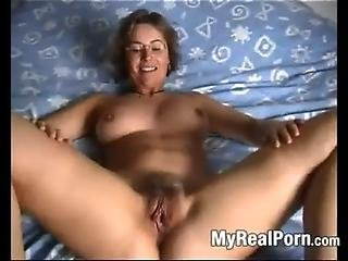 Amature housewife tube