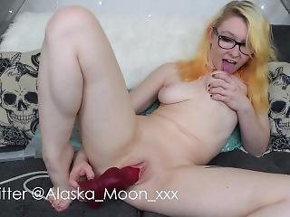Nerdy Buttplug And Creampie Cumming