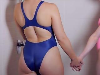 Ficken Heiße Badekleidung Mädchen in Mädchen hat