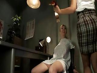 Porão, Dor, Sexo