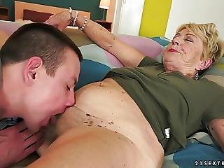 Grannys Hair Pussy Covered With Cum