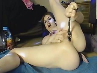Webcam Girl Hardcore Anal Fisting - Triple-x-videos.com