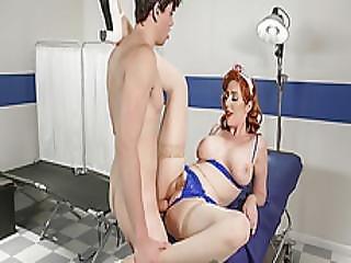 anal, blowjob, behåret, behåret fisse, medhjælper, fisse, rødhåret, uniform