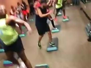 Side Twerk Spin Class