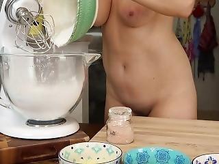 Naked Baking Ep.21 Brazilian Cheese Bread
