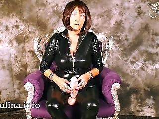 Wetlook Catsuit Mistress Spezialbehandlung Fuer Zuechtige Sklaven Dildo Joi