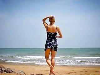μεγάλες πούτσες παραλία